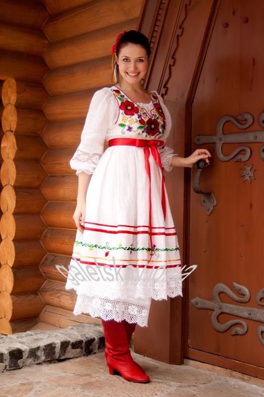 Платья с корсетом короткие в украинском стиле