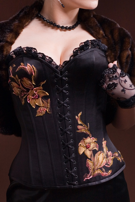Эти платья продаются в нашем интернет