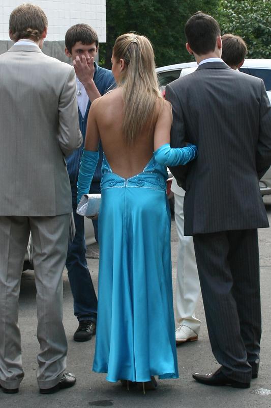 Вечерние платья прокат киев на крутом спуске.