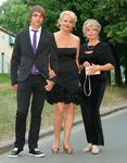 <Модная бабушка и модная мама на выпускном вечере внука и сына
